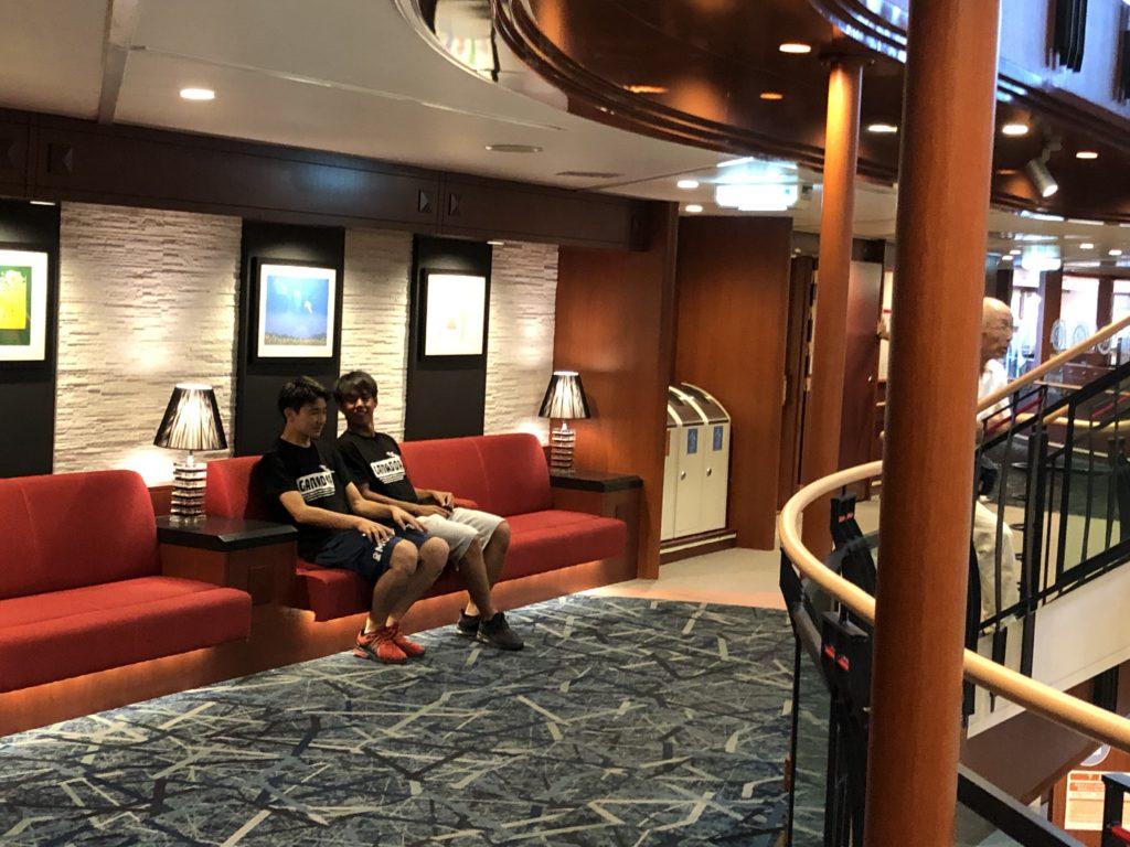 船内の様子